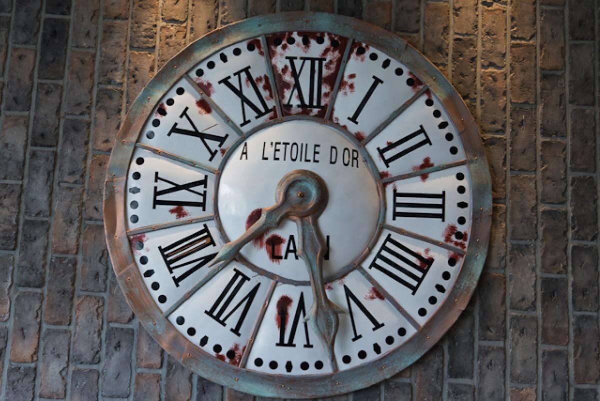 POTD day 44 Rusty Clock