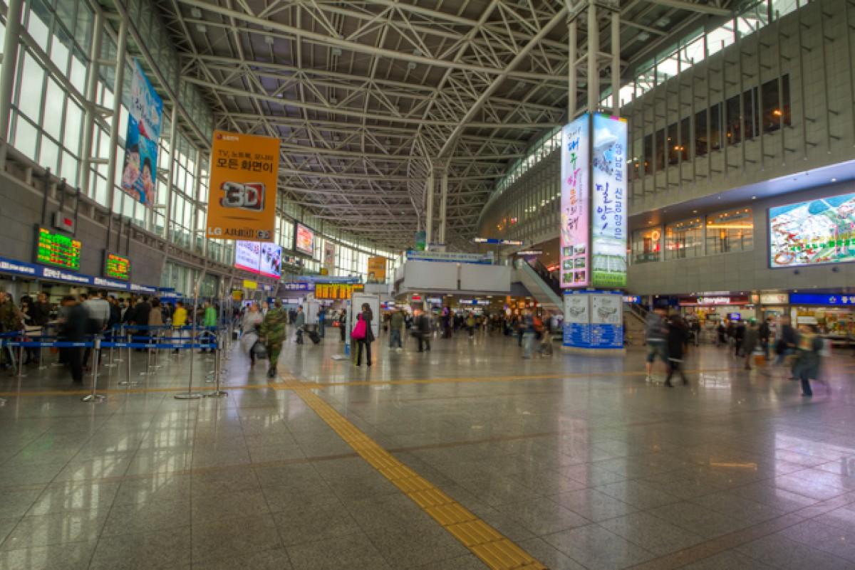POTD day 112 Seoul Station (interior)